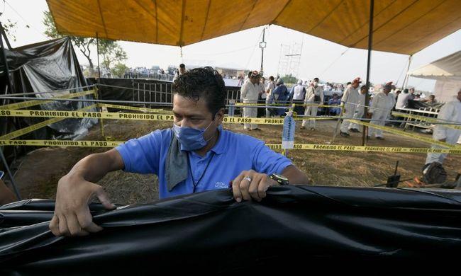 Hatalmas tömegsírt találtak Mexikóban