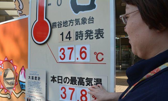 Több százan kerültek kórházba a hőség miatt Japánban