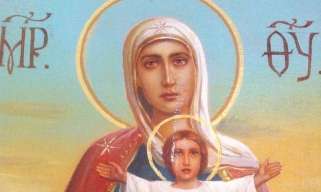 Könnyezni kezdett a máriapócsi Szűz Mária másolata is