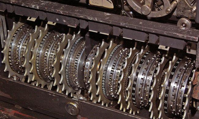 II. világháborús náci kódoló gépet hirdettek az interneten