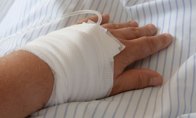 Súlyos hiba: az orvosok miatt halt meg a beteg a budapesti kórházban