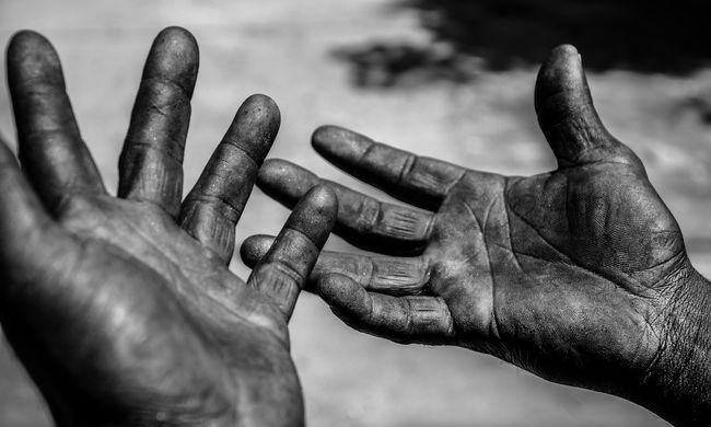Kisvárosnyi ember él rabszolgasorban Magyarországon, világszerte romlik a helyzet
