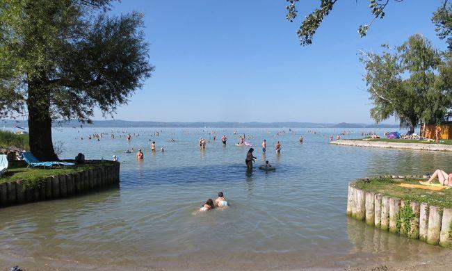 Meddig strandolhatunk ingyen a Balatonnál?