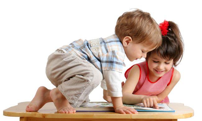Az elsőszülött gyerekek okosabbak, mint a testvéreik. Vajon miért?