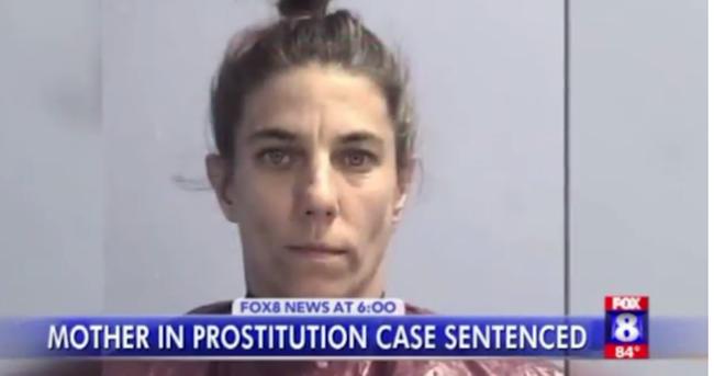 Ez a nő kényszerítette prostitúcióra értelmi fogyatékos lányait