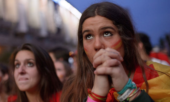 Brutális támadás ért két nőt Barcelonában, mert a spanyol válogatottnak szurkoltak