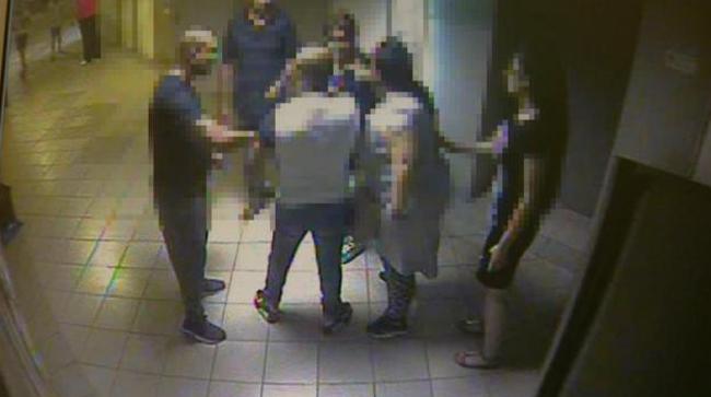 Tanárverés: felfüggesztettel megúszták a támadók