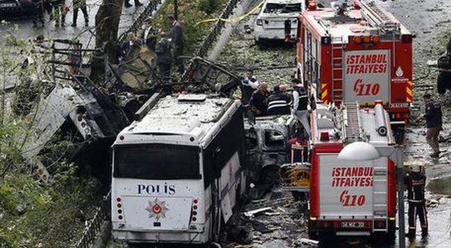 Ketten meghaltak az isztambuli merényletben