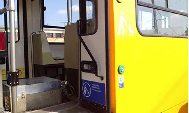 Féktelen őrjöngés volt a budapesti villamoson, egy ember súlyosan megsérült
