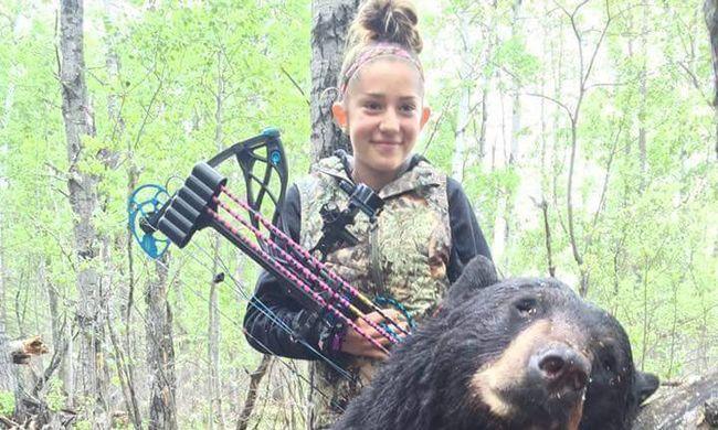 Háborog a világ! - Medvét lőtt a 12 éves kislány