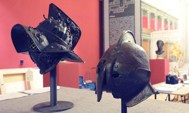 2000 éves gladiátorsisakokat mutatnak be a Pompeji-kiállításon