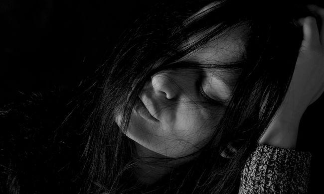 Nem bírta anyukája nélkül, öngyilkos lett a fiatal nő