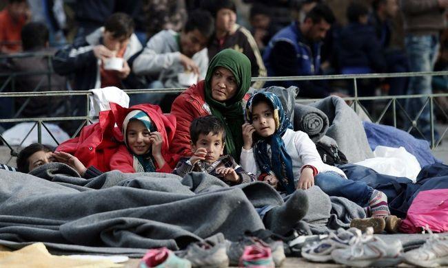 Német vezető: felelőtlenség volt beengedni ellenőrzés nélkül a migránsokat