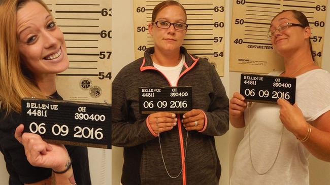 Három nő és a gyerekeik megverték a Meki dolgozóját, mert túl lassú volt a kiszolgálás