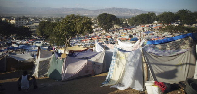 Magára költötte az amerikai Vöröskereszt a Haitinek gyűjtött adományokat