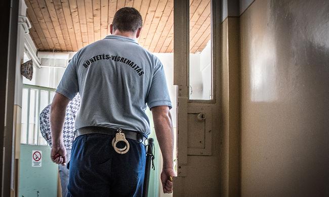 Nem a börtönőrök felelnek a balástyai rém öngyilkosságáért