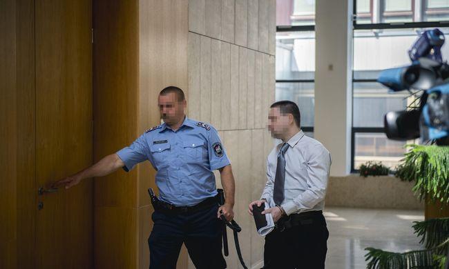 Gólyatábori erőszak: 9 év börtönre ítélték a fotóst