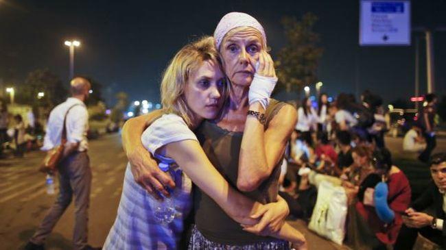 Terrorizmusra figyelmeztette állampolgárait Amerika, két nappal a merénylet előtt