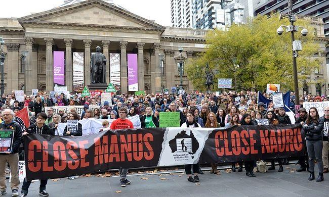 Egyre több rá a bizonyíték, hogy kínozzák Ausztráliában a menekülteket