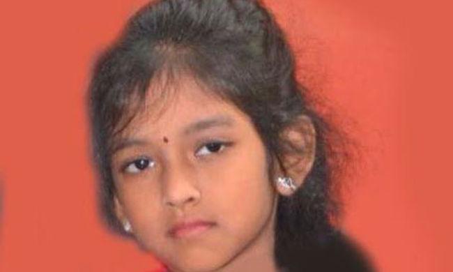Ezt a 8 éves kislányt gázolta halálra a figyelmetlen taxis