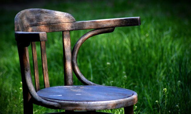Rosszul hallotta az ítéletet, ezért hozzávágta a széket a bíróhoz a csepeli férfi