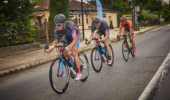 Méregdrága bringákkal tekernek a Tour de Hongrie-n!