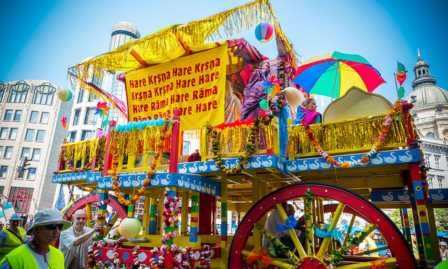 Ezen a fesztiválon megszabadulhat a bűnöktől, és kiszakadhat a hétköznapokból - képgaléria