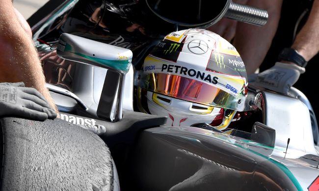 Hamilton jött ki a legjobban az esős időmérő edzésből Ausztriában