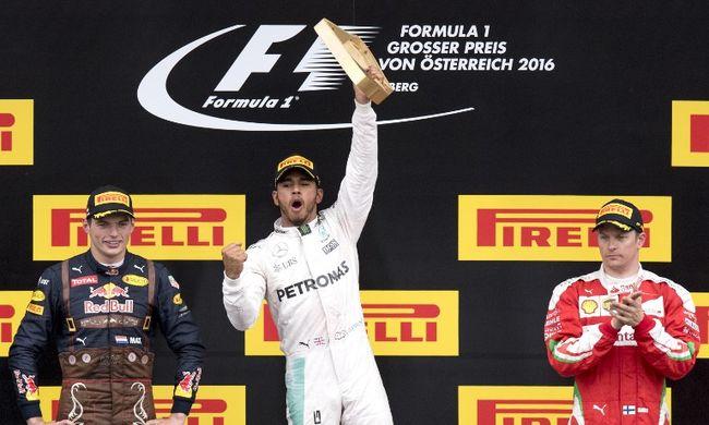 Drámai hajrával Hamilton nyerte az Osztrák Nagydíjat