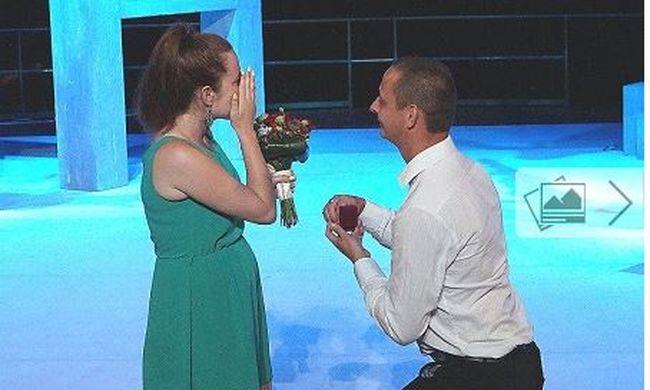 Színházban kérték meg a kezét, sírt a meghatottságtól