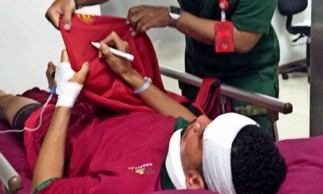 Elájult és kórházba került az angol hátvéd