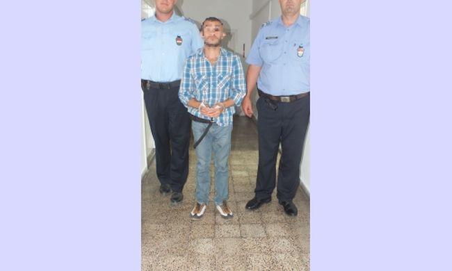 Vállukig sem ért a rendőröknek a zalaegerszegi gyilkos, ő ölte meg az idős nőt