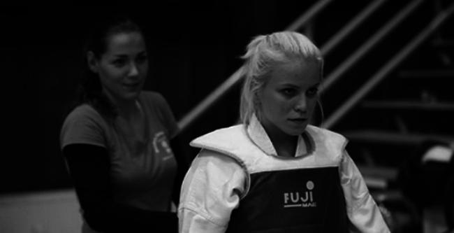 Ő az a magyar sportoló  lány, aki meghalt a fesztiválon