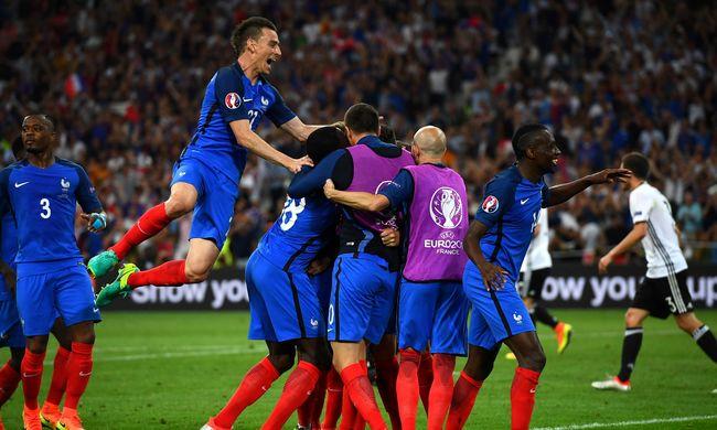 Így örült a két döntős csapat a góloknak - képgaléria