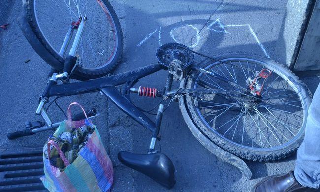 Szemtanúkat keresnek: kerék alá esett a biciklis, szörnyethalt