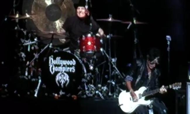 Koncert közben lett rosszul az Aerosmith gitárosa - videó