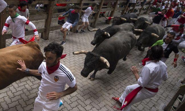 Ijesztő pillanatokkal ért véget a bikafuttatás