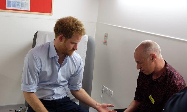 Élőben vizsgálták, hogy Harry herceg HIV-fertőzött-e