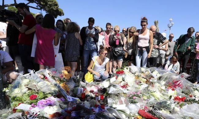 Még mindig nincs vége: újabb ember halt meg a nizzai tömegmészáros miatt