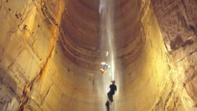 Magyar expedíció készít filmet a világ legmélyebb barlangjáról