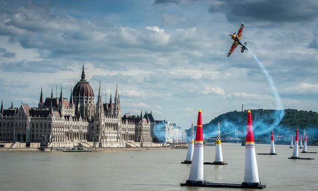 Hatalmas lezárások Budapesten, nehéz lesz közlekedni