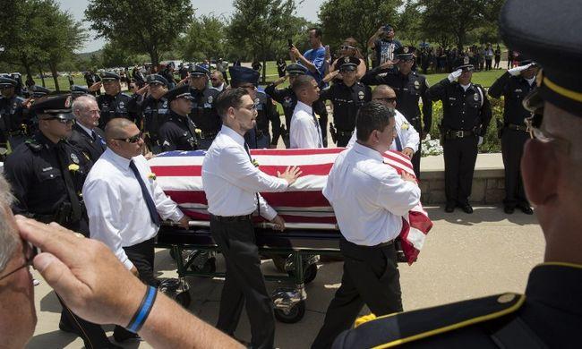 Brutálisan megnövekedett a rendőrgyilkosságok száma Amerikában