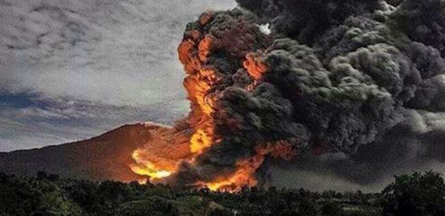 Kitörtek a vulkánok, nem járhatnak a repülők