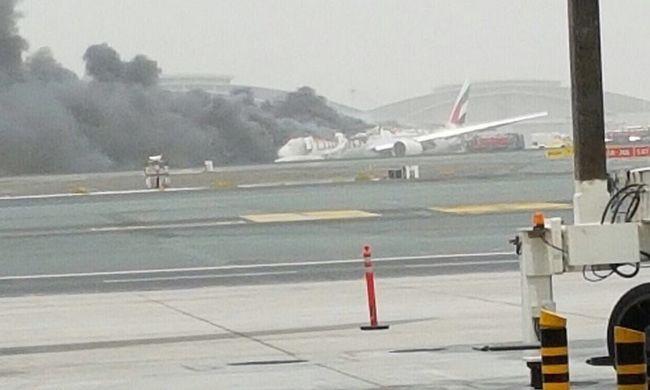 Gyorshír: a földbe csapódott egy gép a repülőtéren
