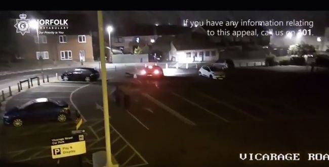 Métereket repült az elütött férfi, majd még egyszer elgázolták - videó