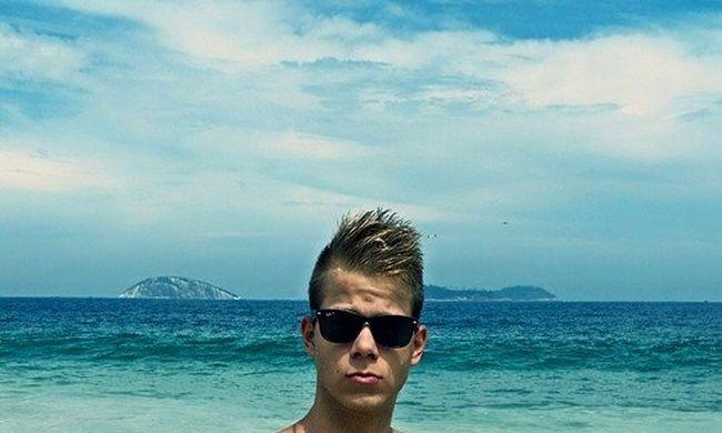 Gyönyörű fiatal úszónőt szeret az olimpia magyar hőse!