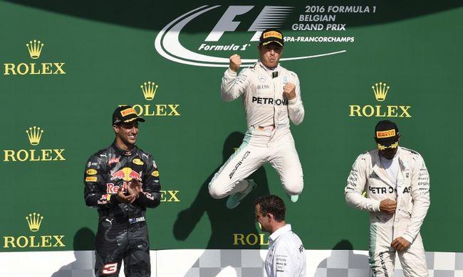 Rosberg nyerte a balesetekben bővelkedő Belga Nagydíjat