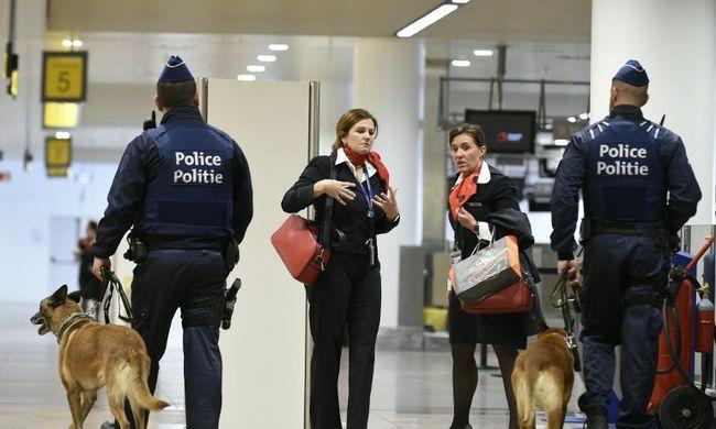 Terrorelhárítók lepik el a reptereket