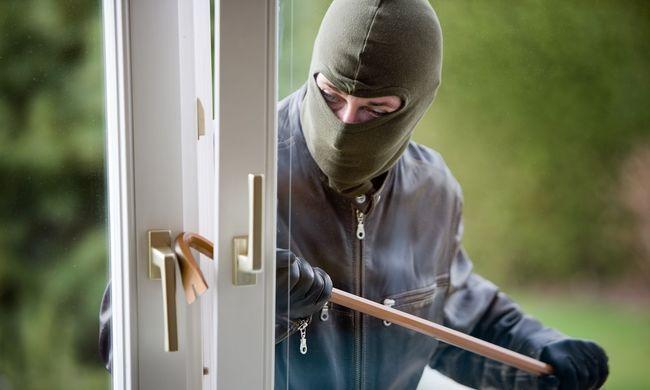 Kitartóak voltak a rablók: kétszer próbáltak meg ugyanonnan lopni