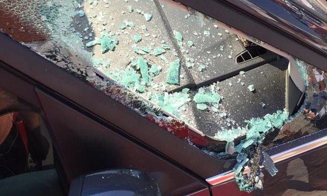 Napon hagyott autóban ragadt egy gyerek Budaörsön
